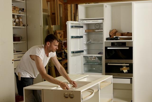 Fertigung einer Einbauküche